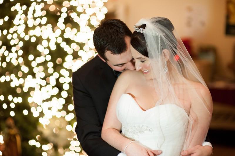 bride groom winter portrait