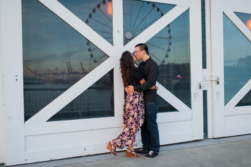 seattle ferris wheel engagement