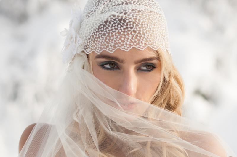 winter wedding bride