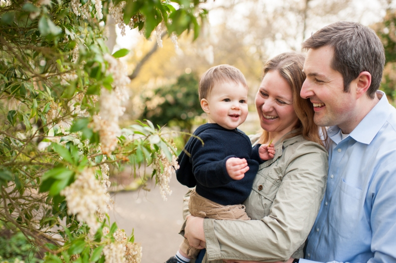 spring family portraits seattle