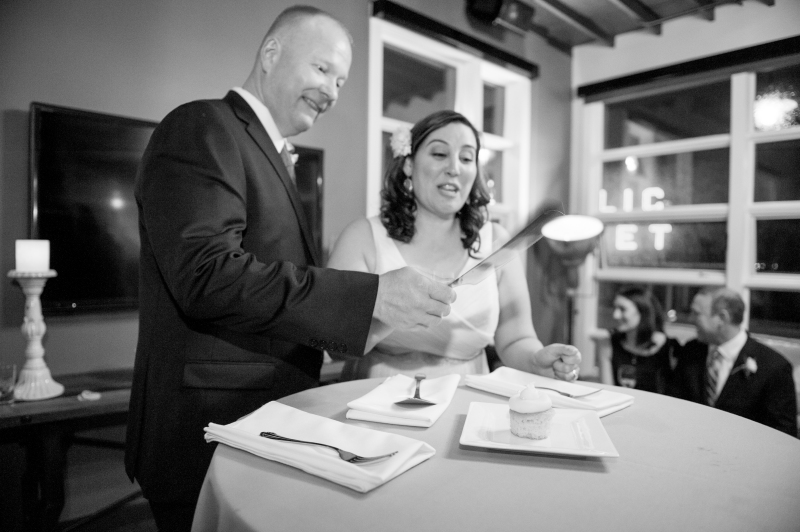 classic black and white seattle wedding photography