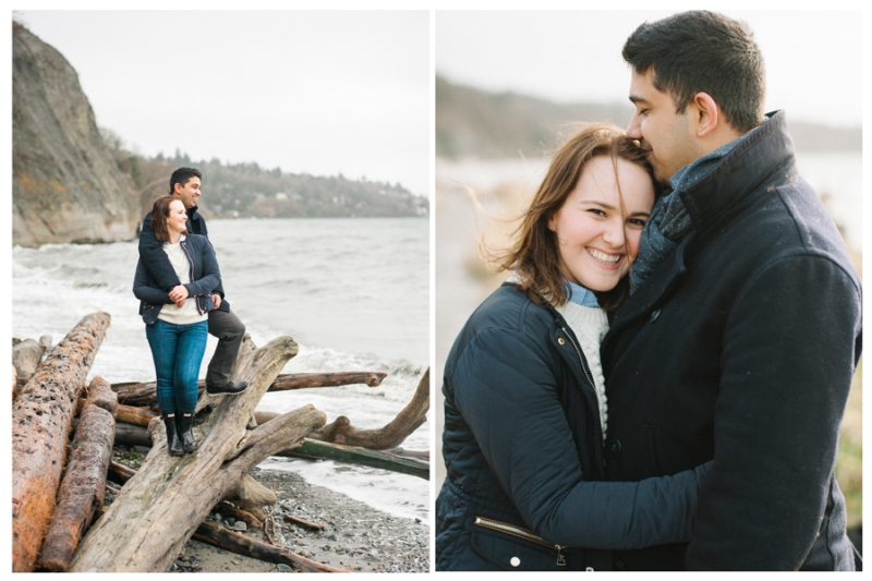 discovery park seattle engagement photos winter rainy
