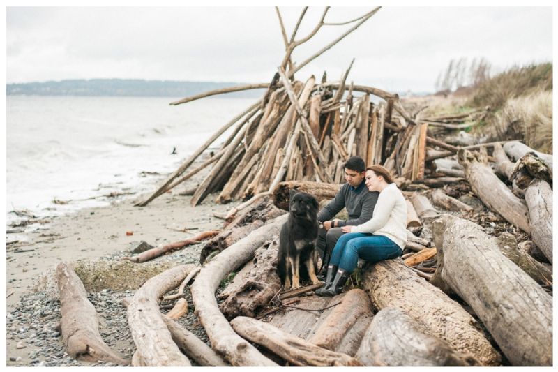 discovery park seattle engagement photos rain