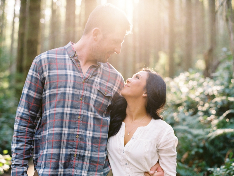 rattlesnake ridge engagement photos