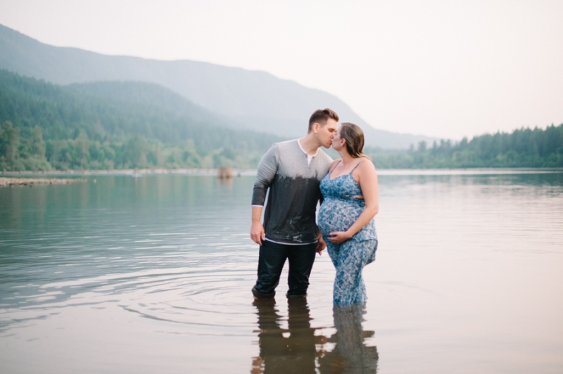 rattlesnake lake maternity photos seattle