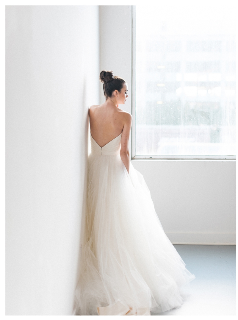 Seattle romantic all white loft wedding
