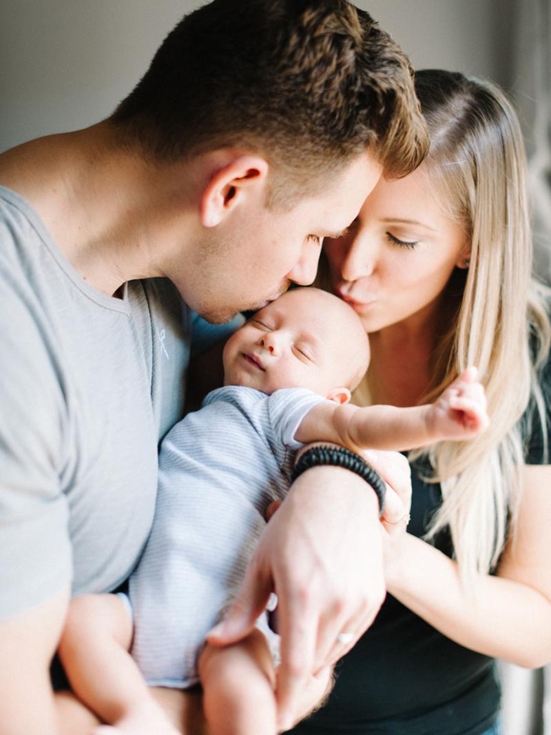 seattle lifestyle newborn photography