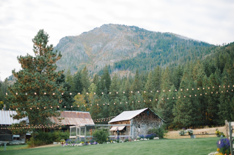 Brown Family Homestead Leavenworth Wedding photos