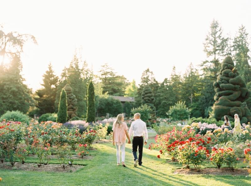 Seattle-Engagement-Photos-Rose-Garden0012