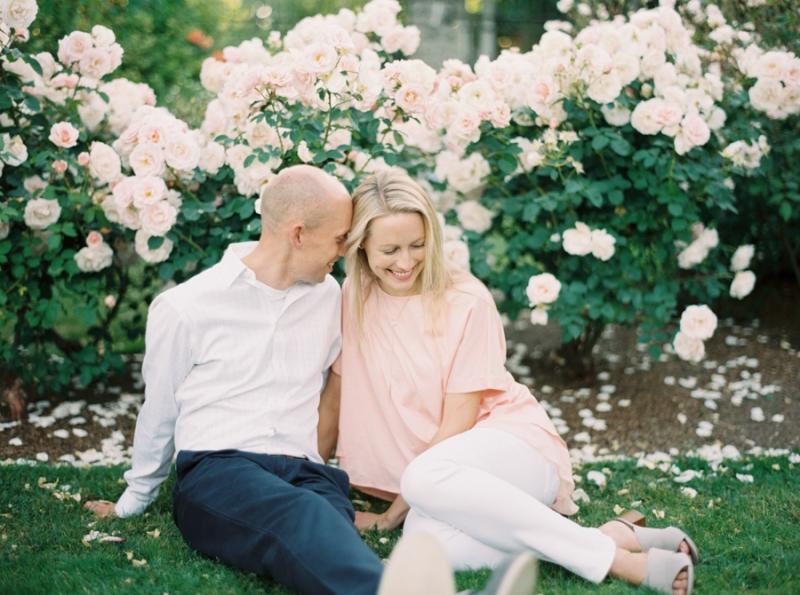 Seattle-Engagement-Photos-Rose-Garden0014