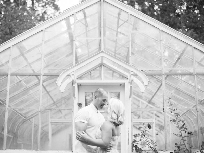 vineyard-engagement-photos-film0020