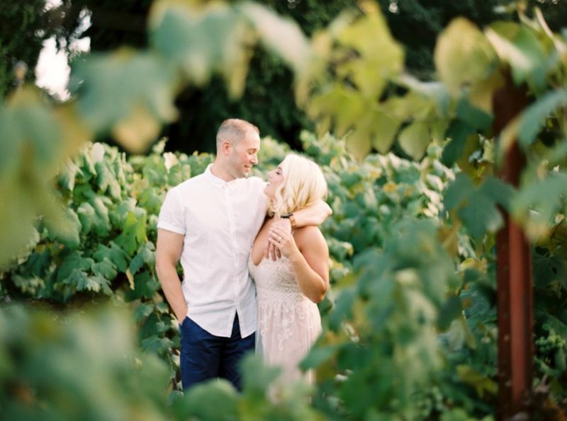 vineyard-engagement-photos-film0023