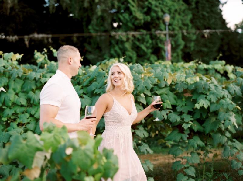 vineyard-engagement-photos-film0025