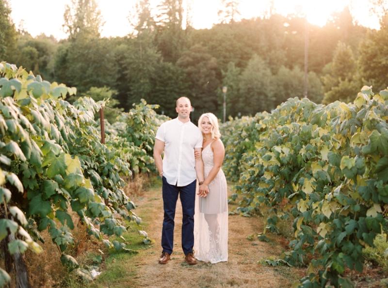 vineyard-engagement-photos-film0029