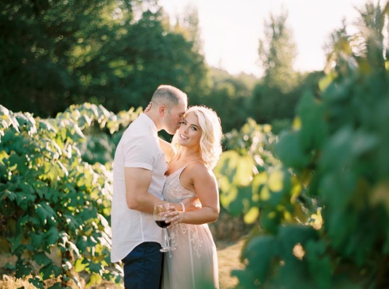 vineyard-engagement-photos-film0033