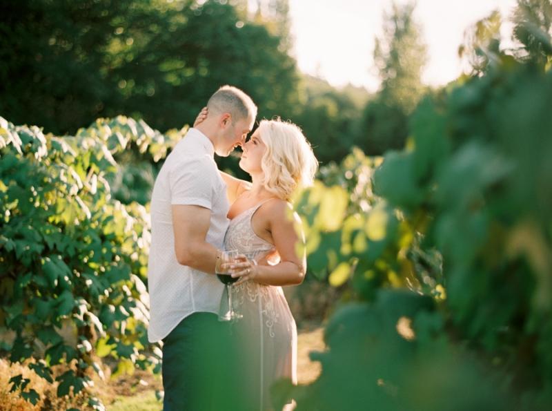 vineyard-engagement-photos-film0034