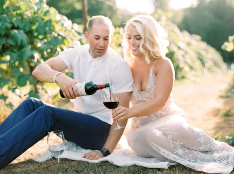vineyard-engagement-photos-film0035