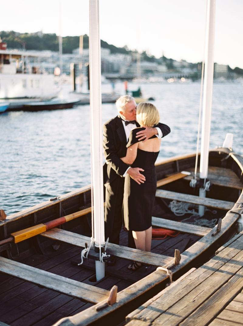 center-for-wooden-boats-seattle-wedding-0010