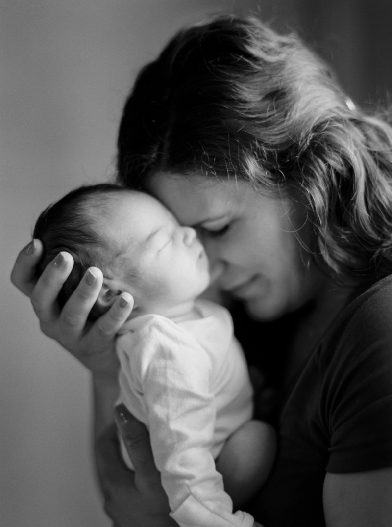 seattle-newborn-photos-film-007