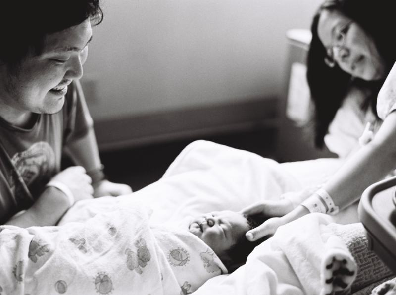 seattle-birth-photographer-film-newborn-047