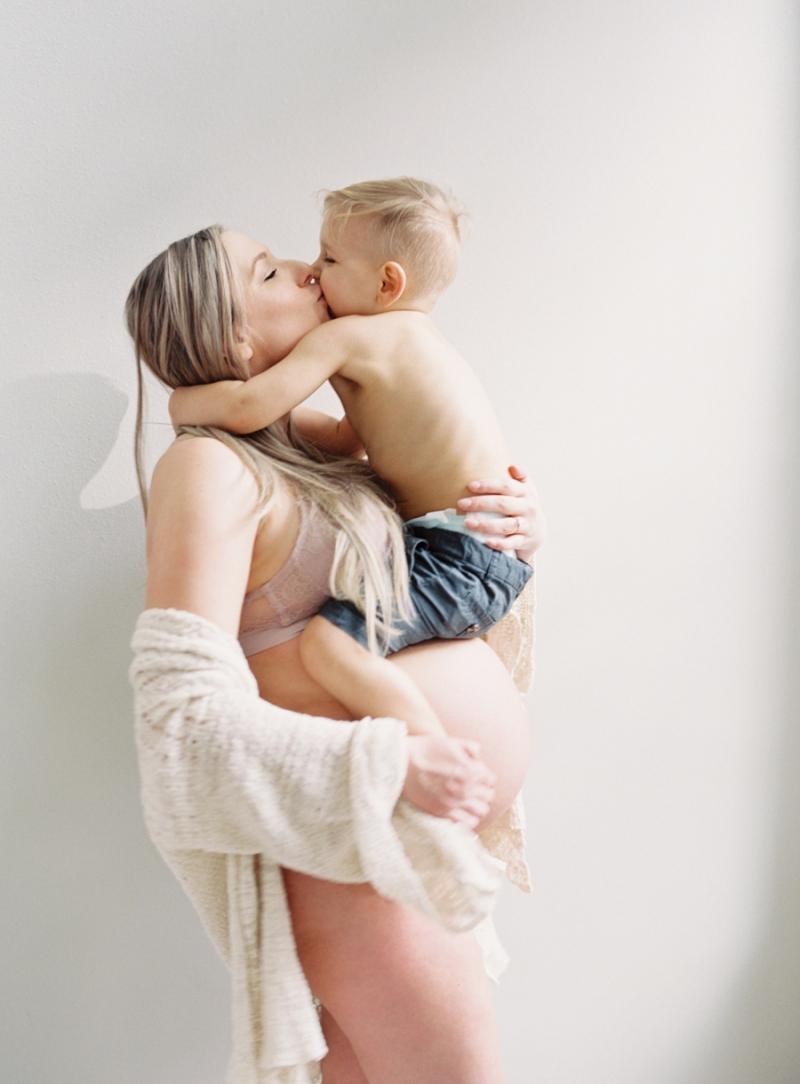 seattle-maternity-photos-film-001