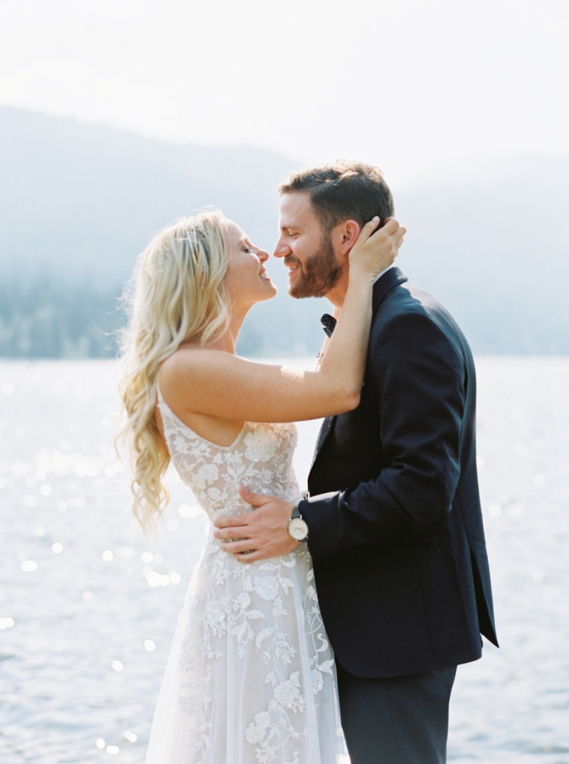 Mt-Springs-Lodge-Leavenworth-Wedding-Photos-009