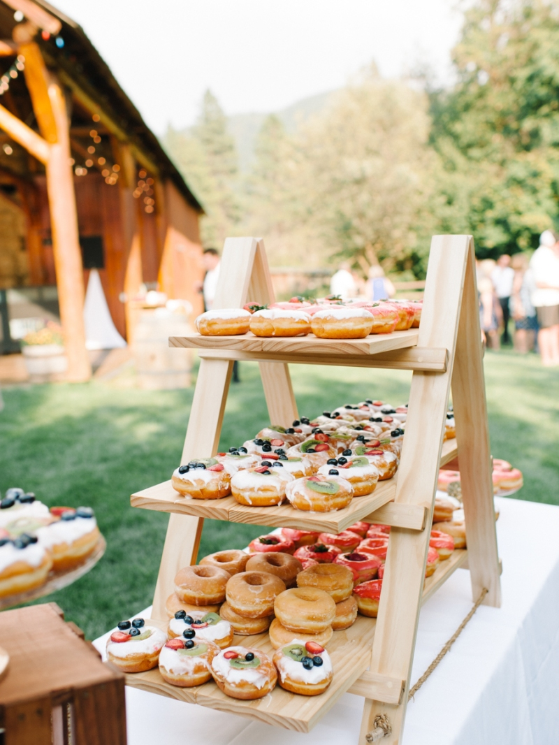 Mt-Springs-Lodge-Leavenworth-Wedding-Photos-013