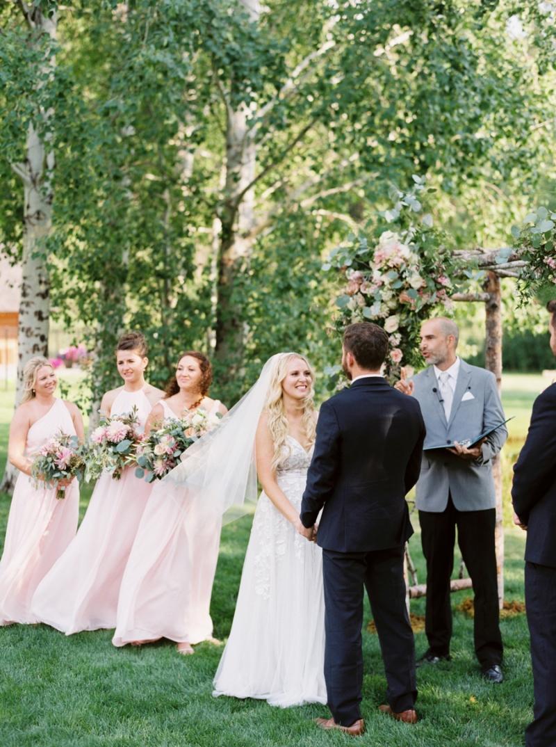 Mt-Springs-Lodge-Leavenworth-Wedding-Photos-014