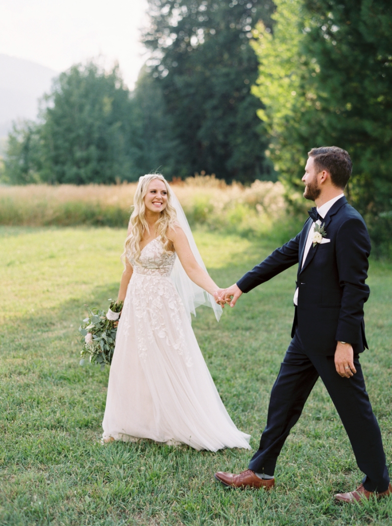 Mt-Springs-Lodge-Leavenworth-Wedding-Photos-022