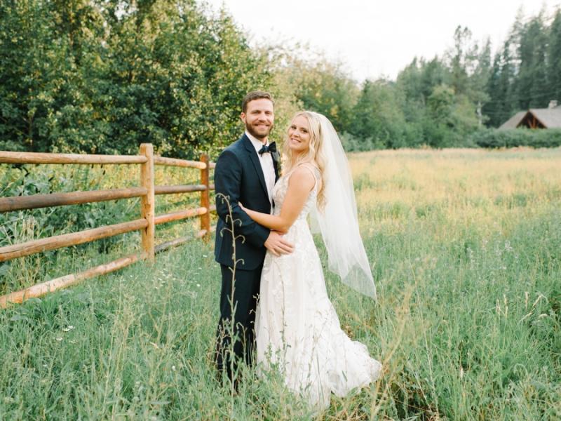Mt-Springs-Lodge-Leavenworth-Wedding-Photos-093