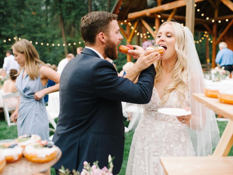 Mt-Springs-Lodge-Leavenworth-Wedding-Photos-098