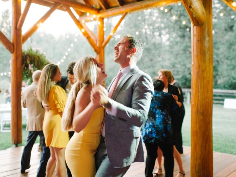 Mt-Springs-Lodge-Leavenworth-Wedding-Photos-102