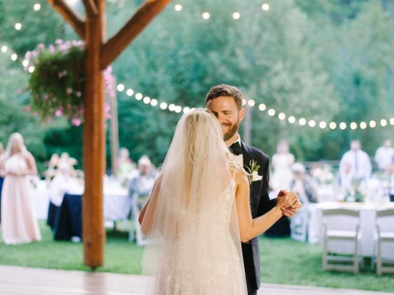 Mt-Springs-Lodge-Leavenworth-Wedding-Photos-107