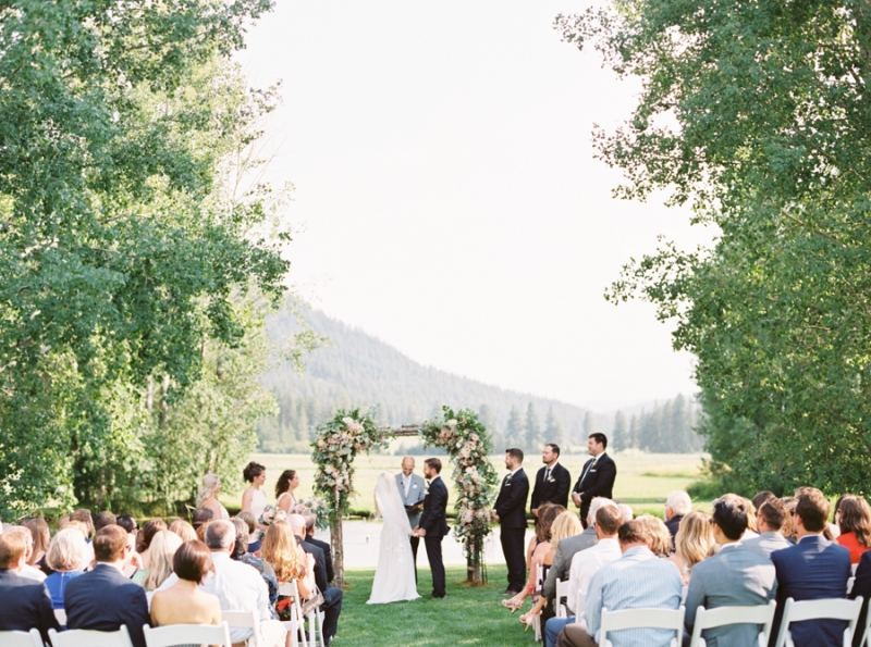 Mt-Springs-Lodge-Leavenworth-Wedding-Photos-120