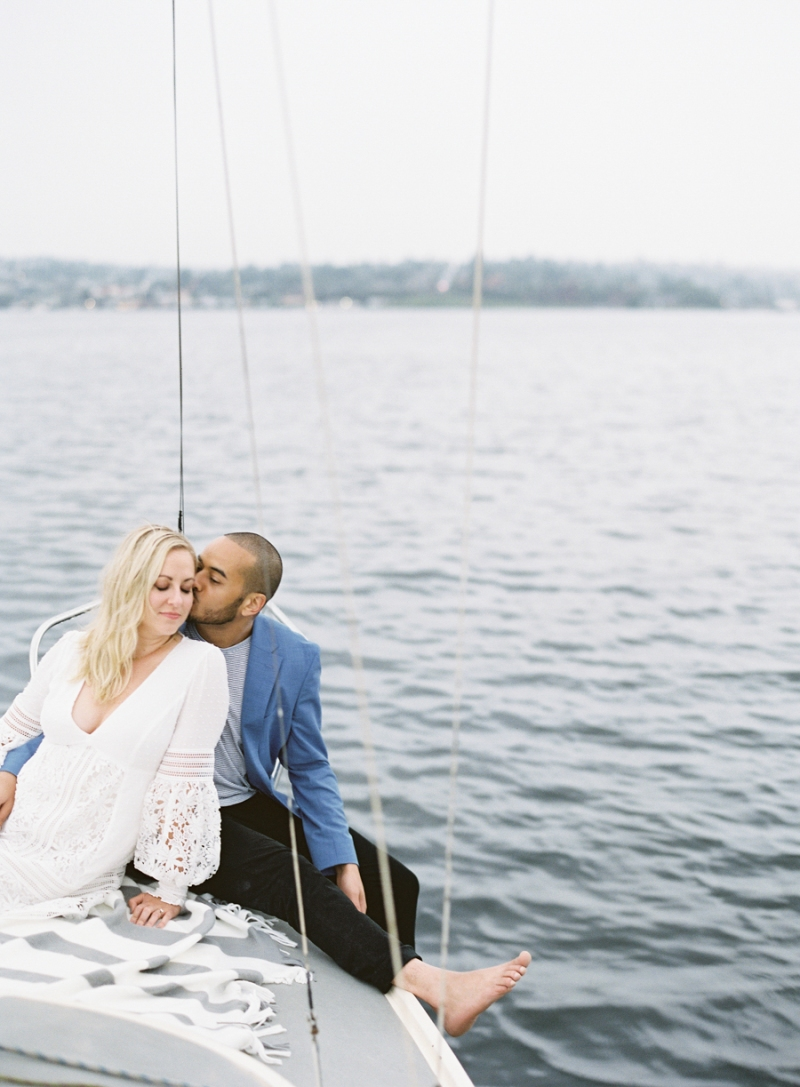 seattle-sailboat-Engagement-photos-303