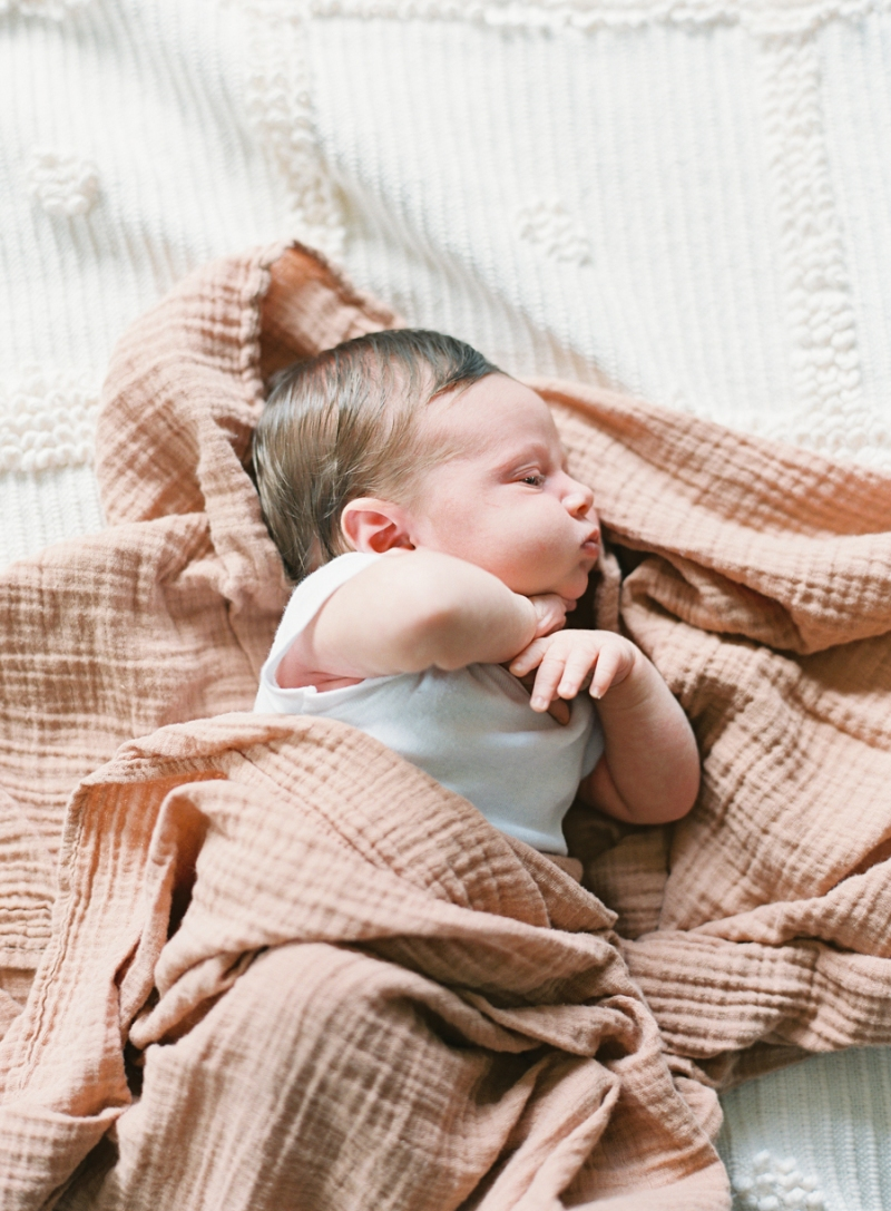 seattle-newborn-photographer-film-022