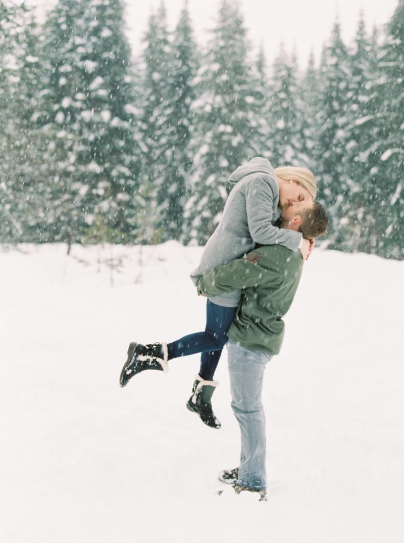 seattle-engagement-photographer-snow-film-002