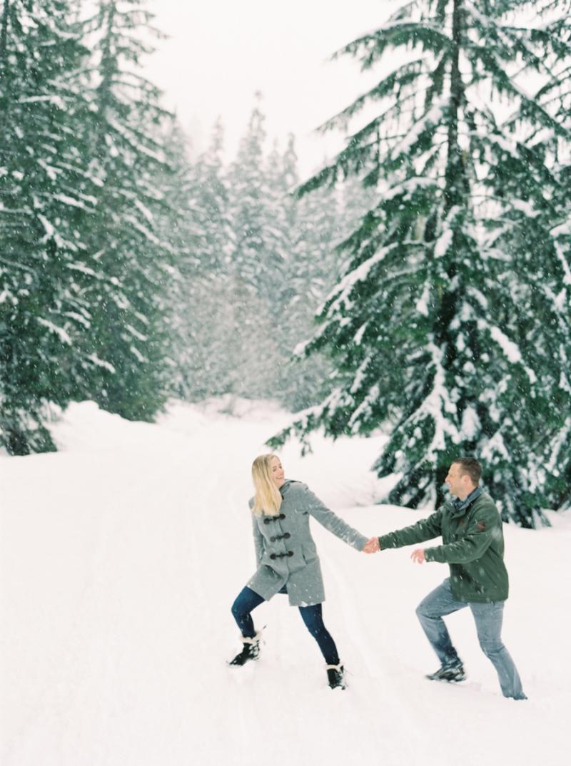 seattle-engagement-photographer-snow-film-003