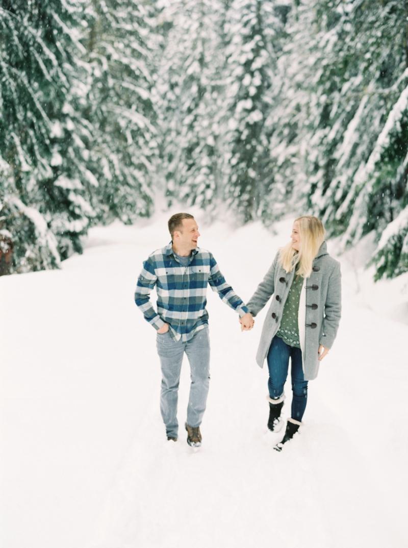 seattle-engagement-photographer-snow-film-006