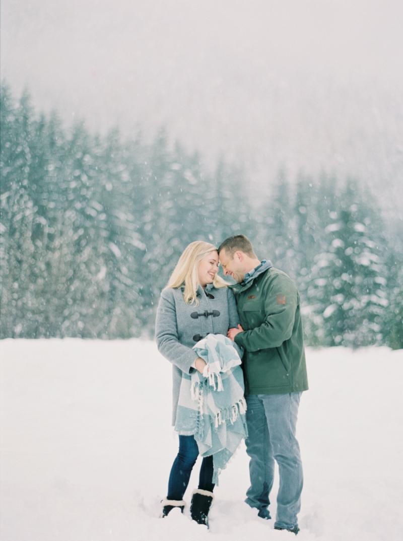 seattle-engagement-photographer-snow-film-007