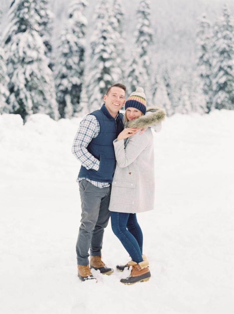 snoqualmie-pass-engagment-photos-snow-film-081